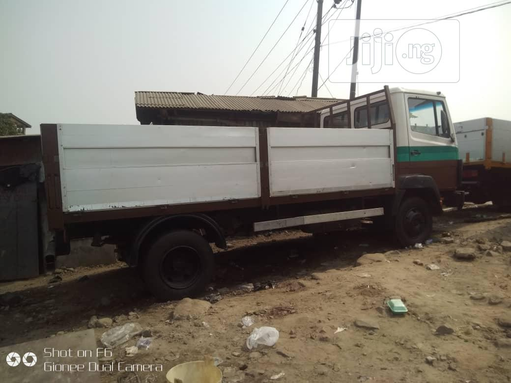Mercedes Benz Truck | Trucks & Trailers for sale in Apapa, Lagos State, Nigeria