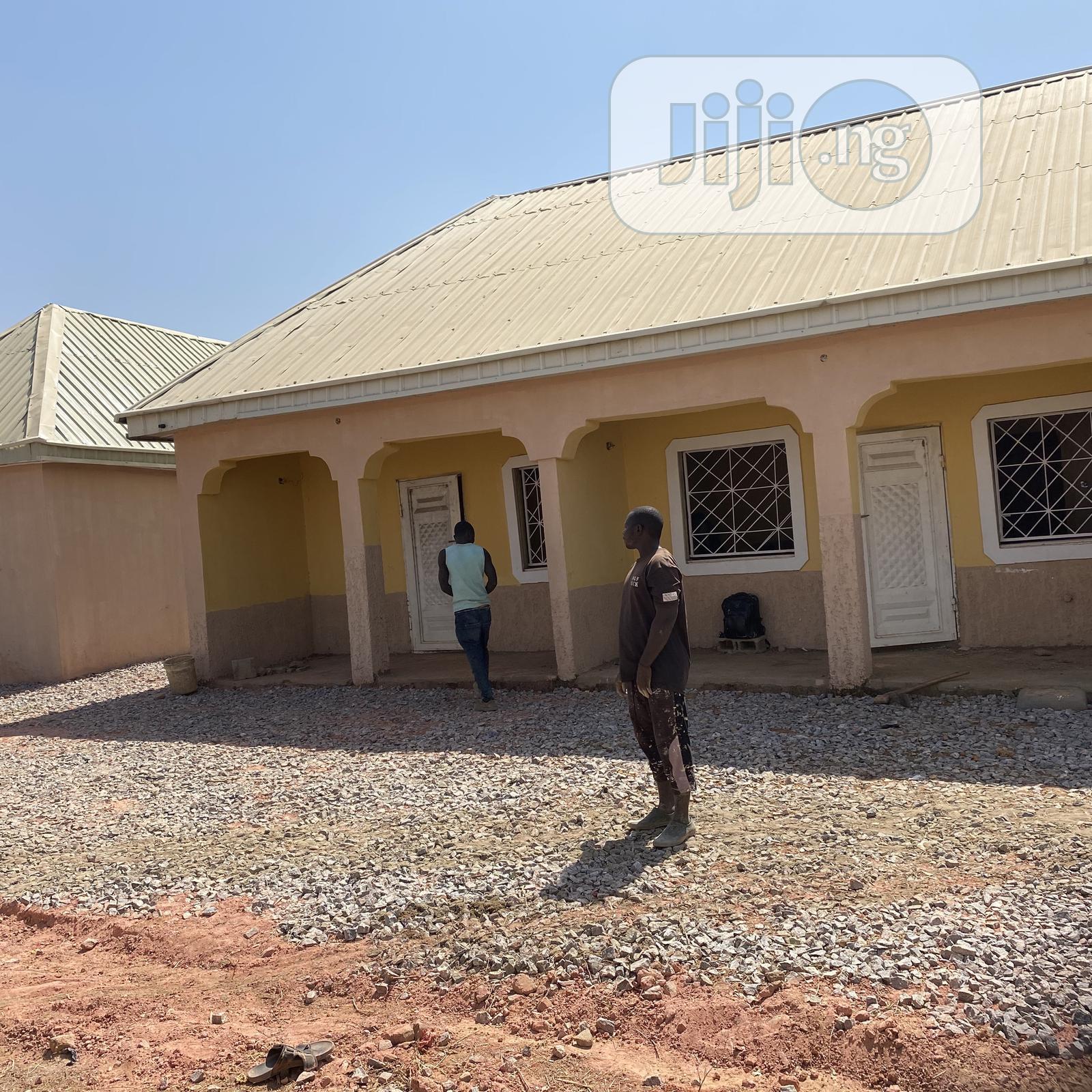 1 Bedroom 1 Parlour | Houses & Apartments For Rent for sale in Kaduna / Kaduna State, Kaduna State, Nigeria