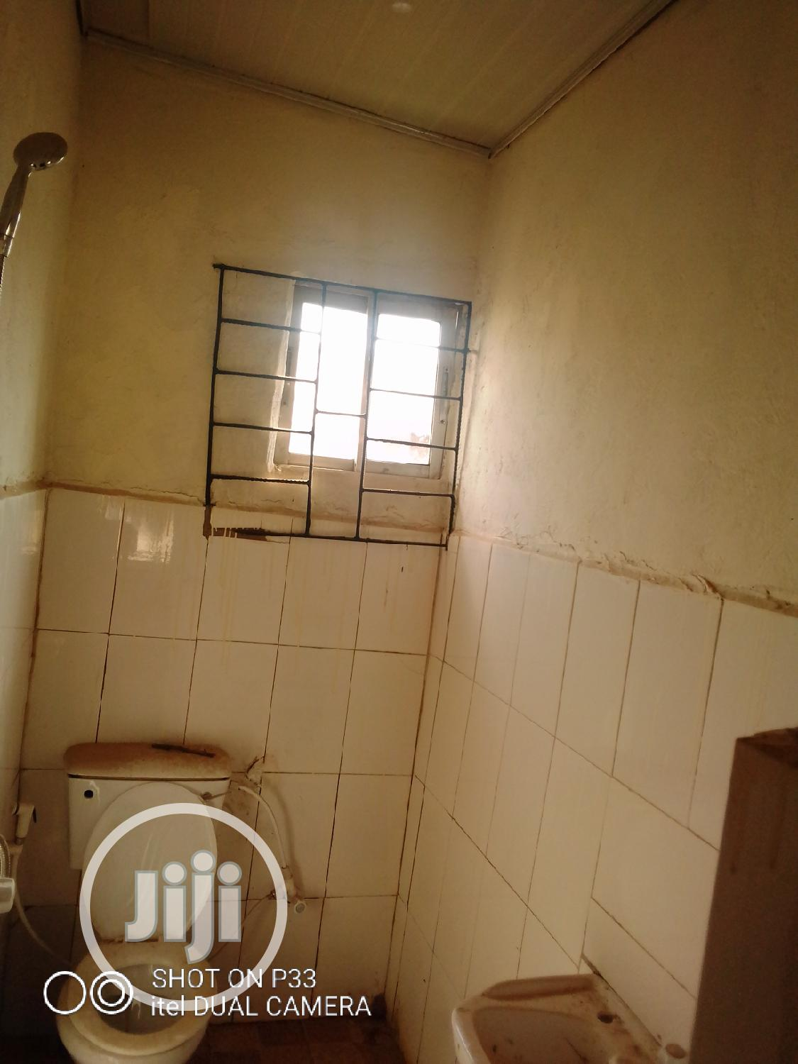 Clean 3 Bedroom Flat | Houses & Apartments For Sale for sale in Area 11, Garki 1, Nigeria
