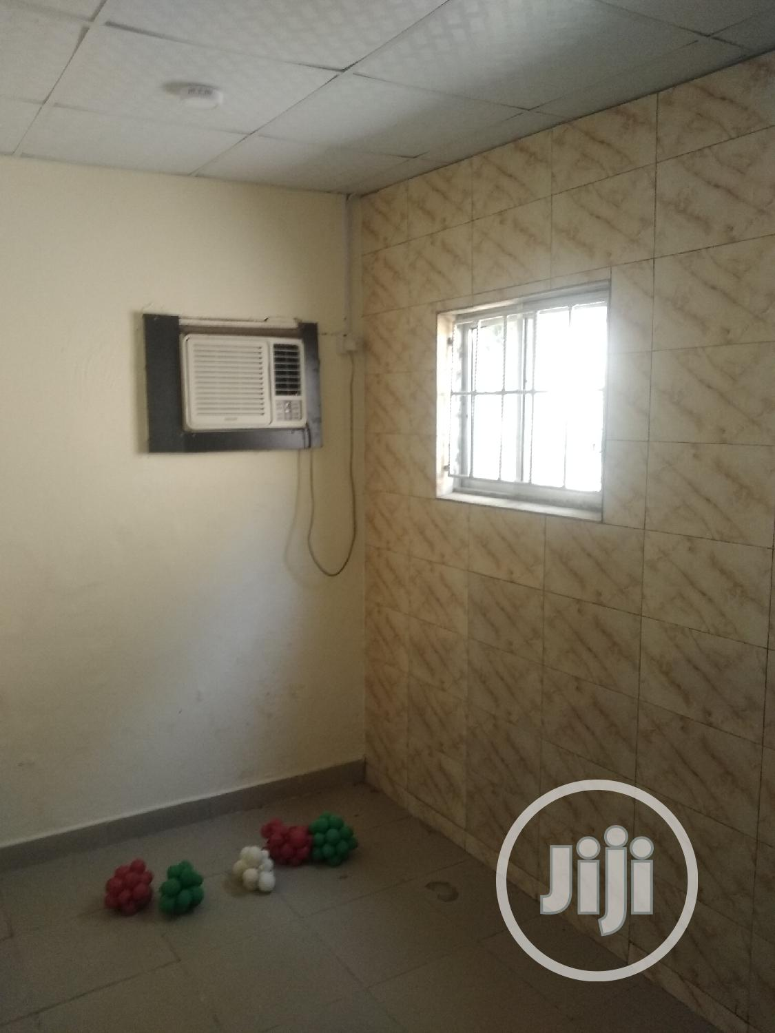 Mini Serviced Furnished 2bedroom Flat Office +Confrence Room | Houses & Apartments For Sale for sale in Asokoro, Abuja (FCT) State, Nigeria