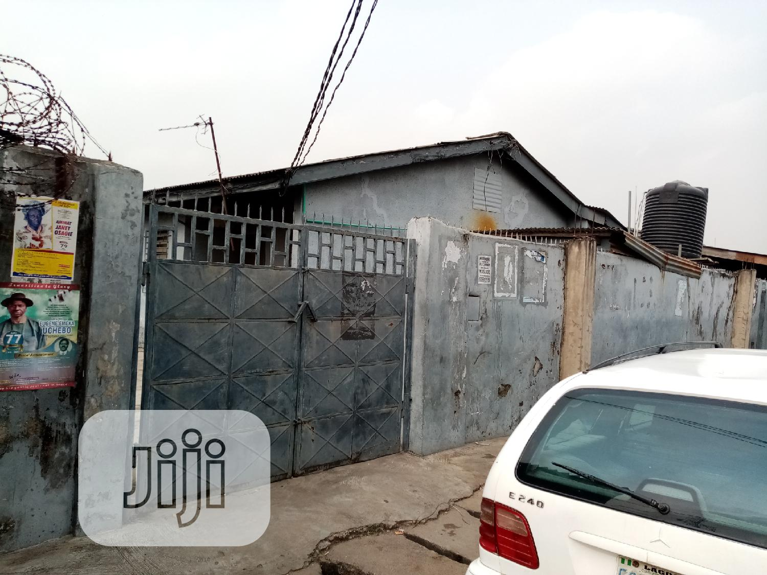 Archive: Lovely Corner Piece Bungalow for Sale