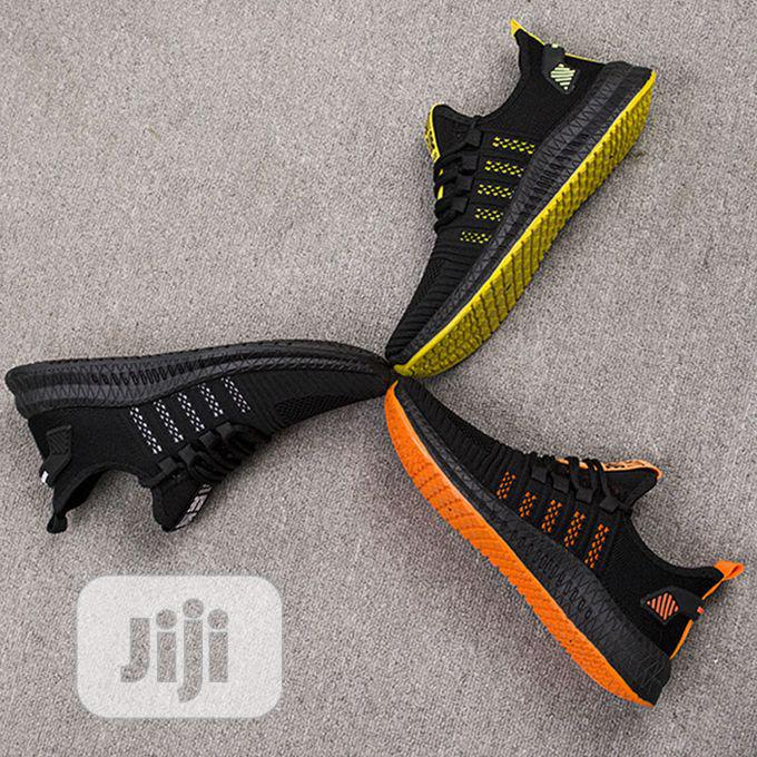 Men Sneakers Running Shoes-Black Yellow   Shoes for sale in Amuwo-Odofin, Lagos State, Nigeria