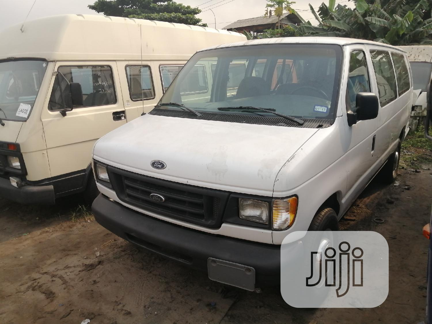 Ford E350 Long Chassis
