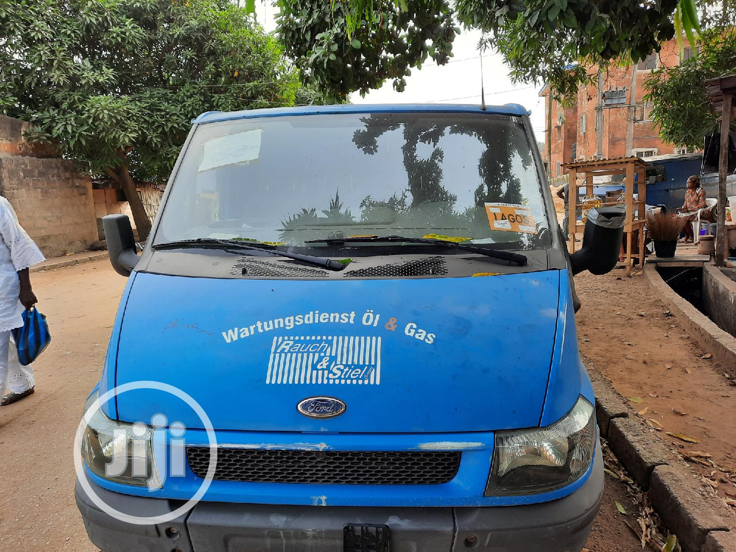 Super-Clean 100 T300 Ford Transit for Sale
