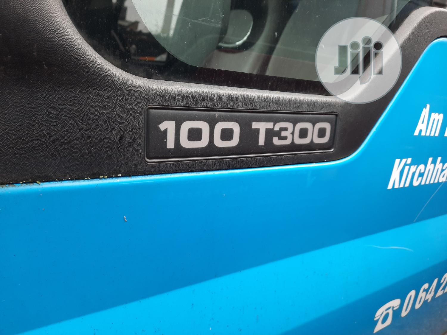 Super-Clean 100 T300 Ford Transit for Sale | Buses & Microbuses for sale in Ojo, Lagos State, Nigeria