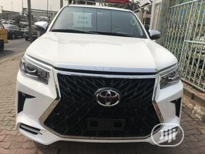 Toyota Hilux 2015 SR5 HI-RIDER White | Cars for sale in Lagos State, Maryland