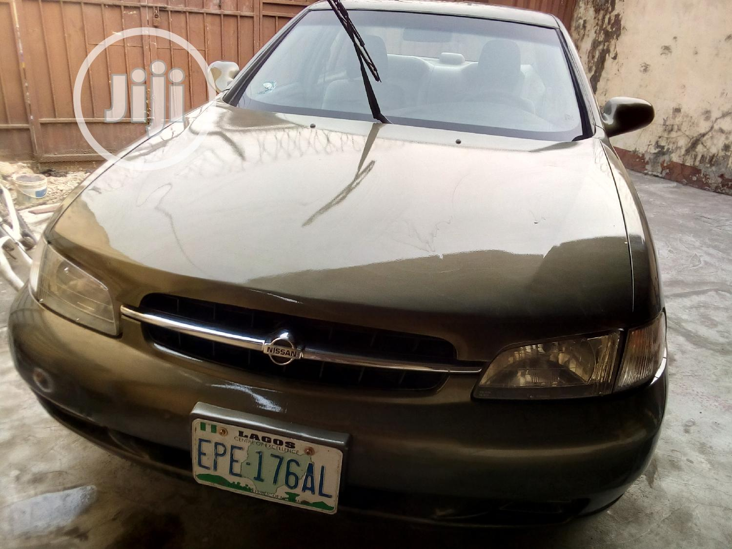 Archive: Nissan Altima 1999 GXE Green