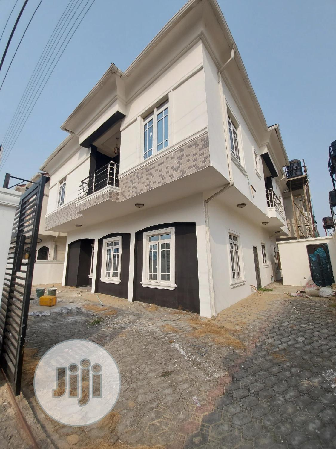 Beautifully Built 5bedrooms Detached Duplex + BQ in Lekki