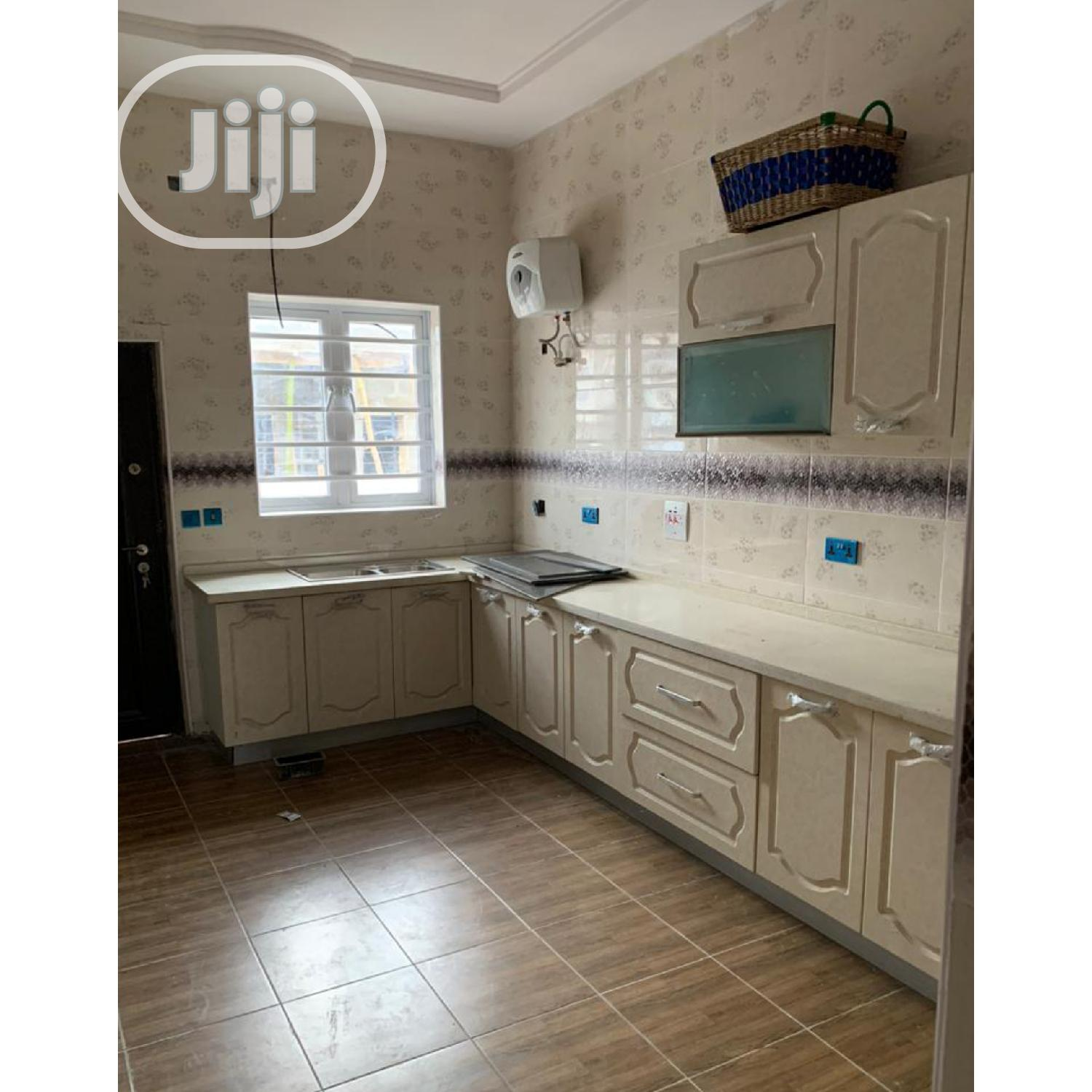 Archive: 4 Bedroom Duplex for Sale at Thomas Estate
