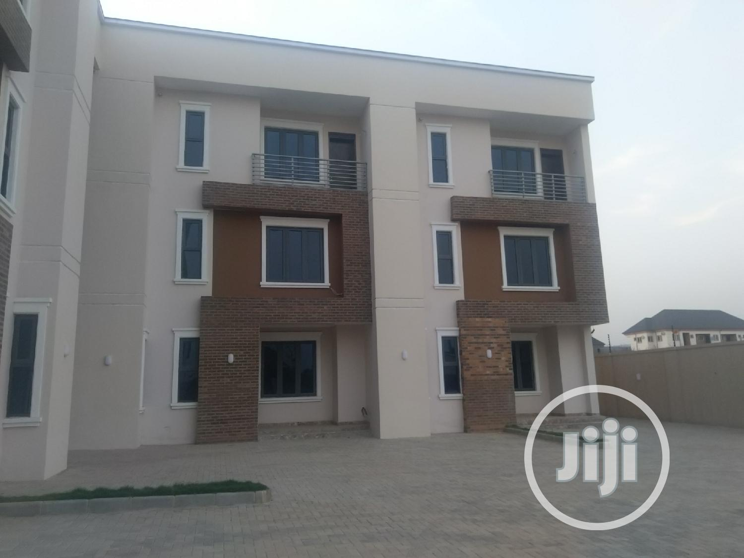Brand New 4 Bedrooms Terrace Duplex With Boys Quta at Jahi | Houses & Apartments For Sale for sale in Wuse 2, Abuja (FCT) State, Nigeria