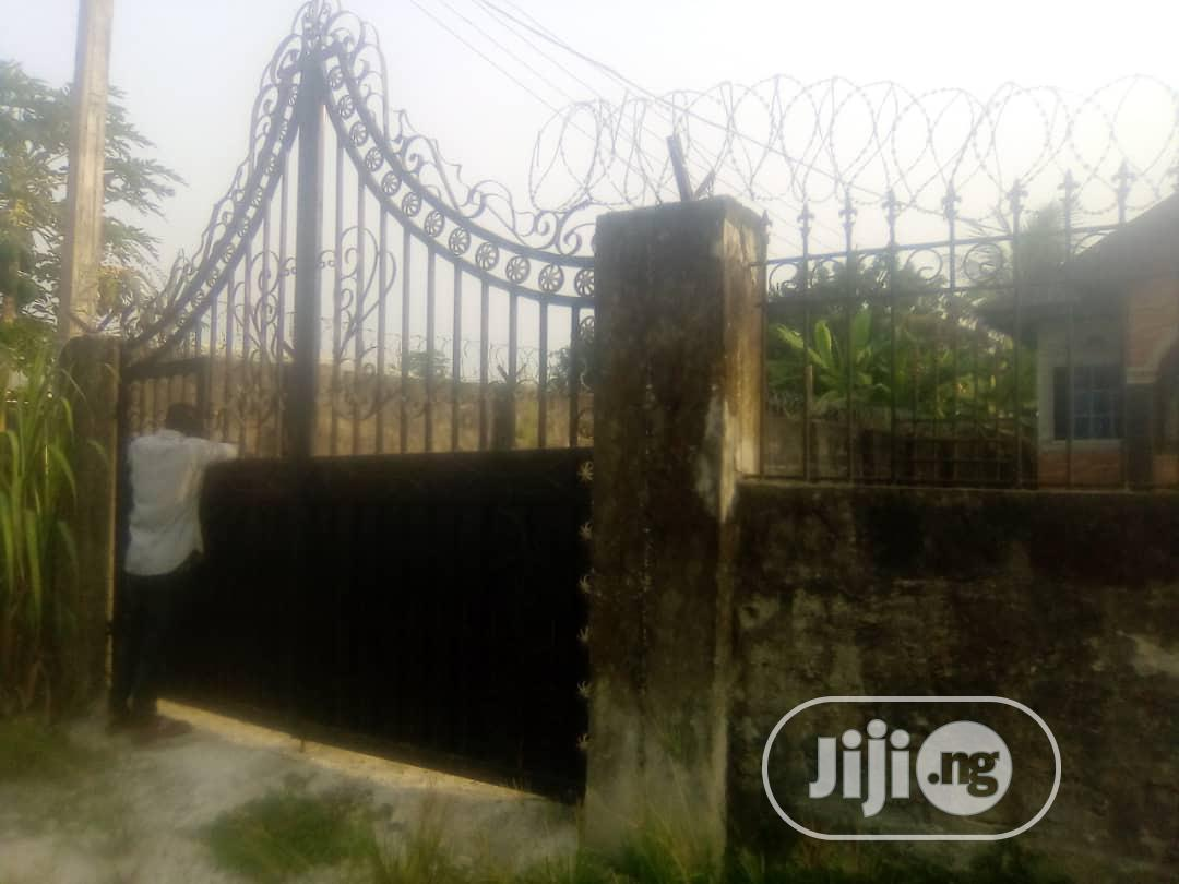 3 Bedrooms Bungalow at Iwre Ovie Ughelli for Sale.   Houses & Apartments For Sale for sale in Warri, Delta State, Nigeria