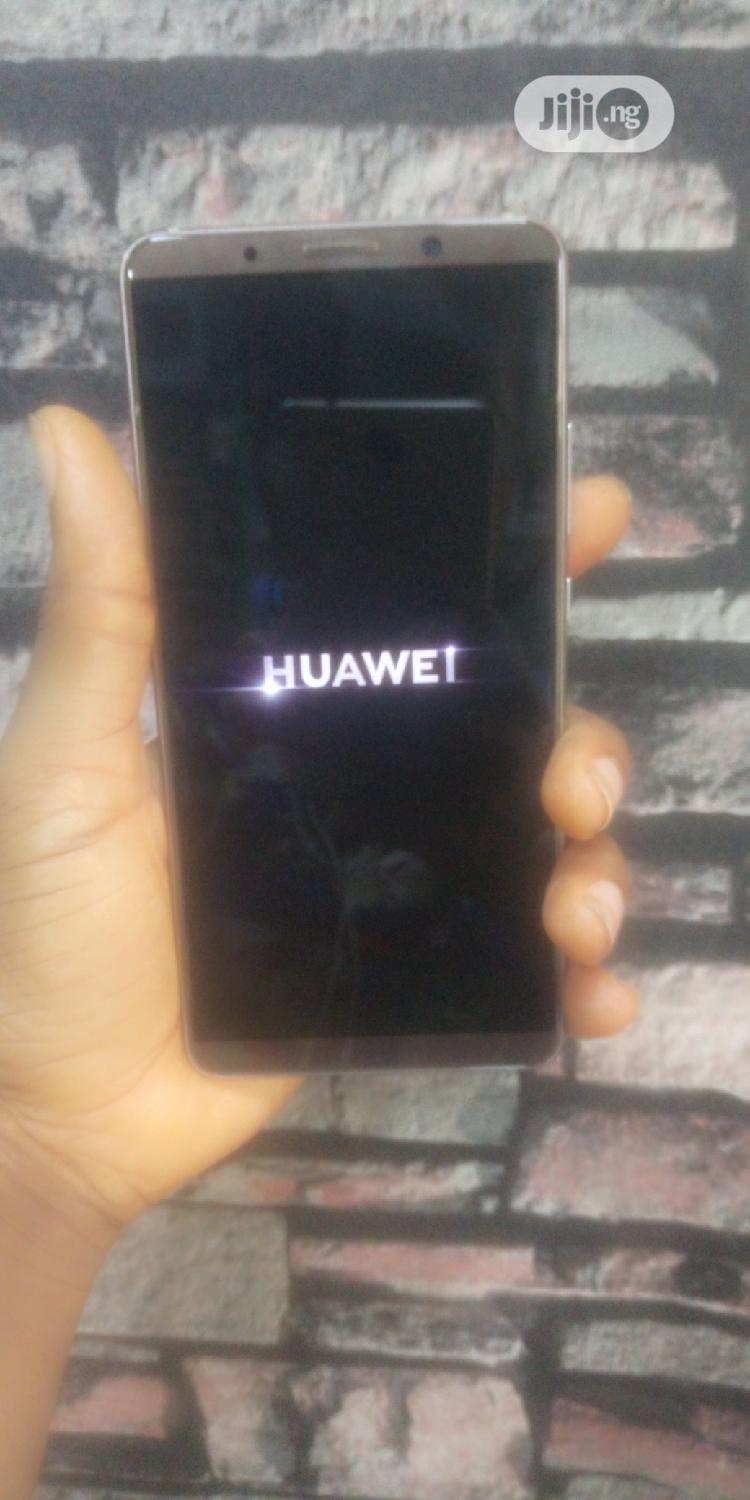 Archive: Huawei Mate 10 Pro 128 GB Gold