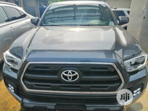 Toyota Tacoma 2016 4dr Double Cab Gray | Cars for sale in Rivers State, Port-Harcourt