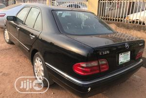 Mercedes-Benz E320 1999 Black | Cars for sale in Lagos State, Alimosho
