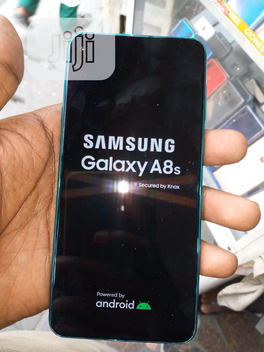 Samsung Galaxy A8S 128 GB Blue