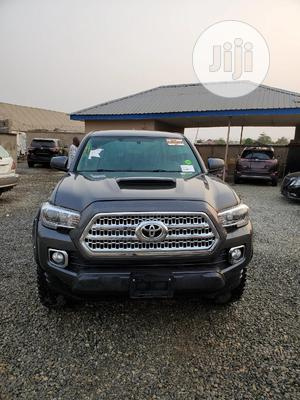 Toyota Tacoma 2016 4dr Double Cab Gray | Cars for sale in Lagos State, Ikorodu