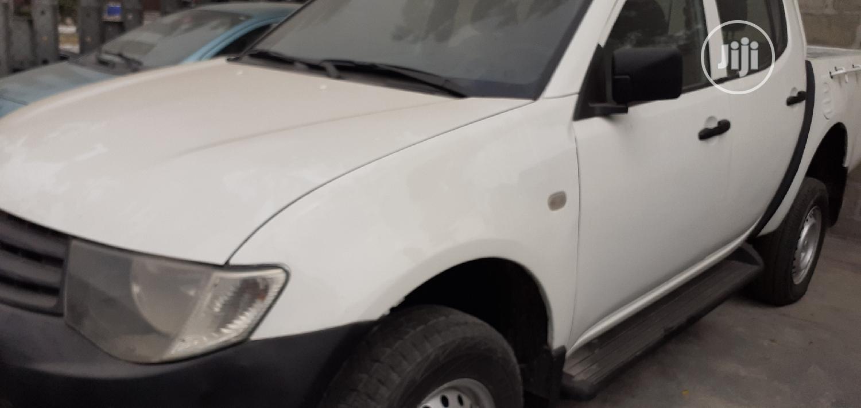 Mitsubishi L200 2012 White   Cars for sale in Lekki, Lagos State, Nigeria