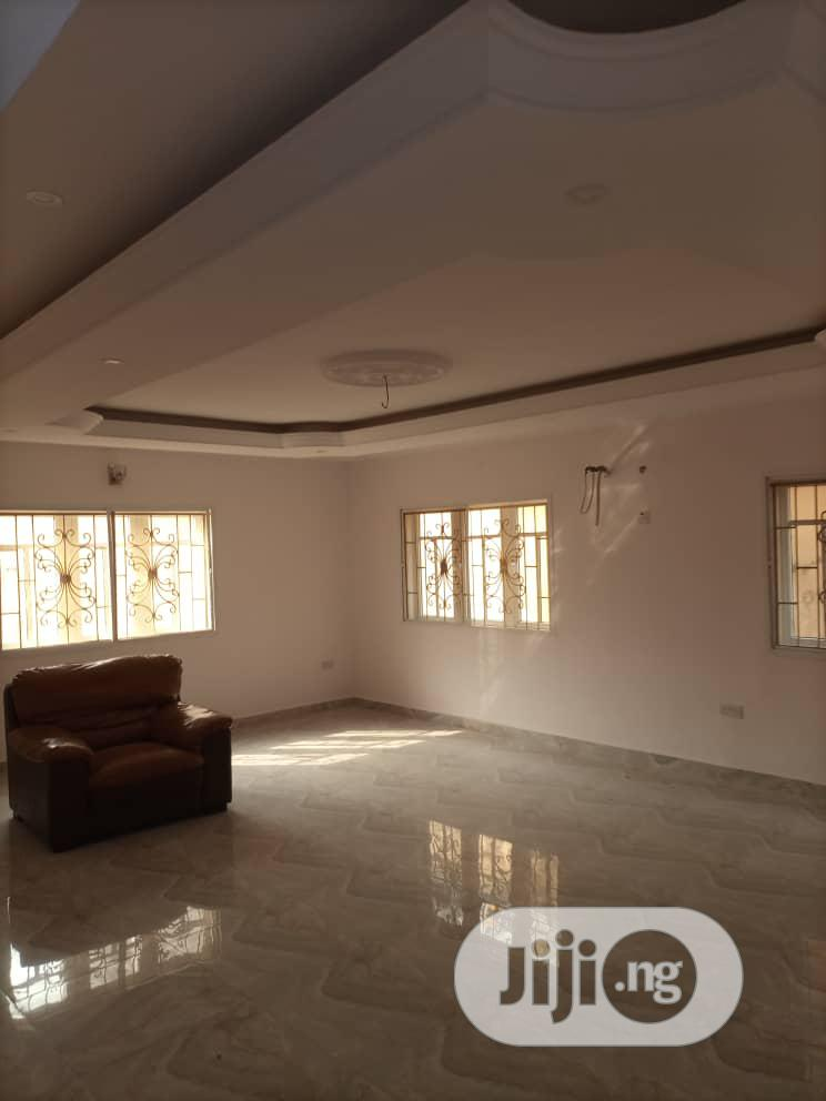 Archive: 4 Bedrooms Duplex To Let