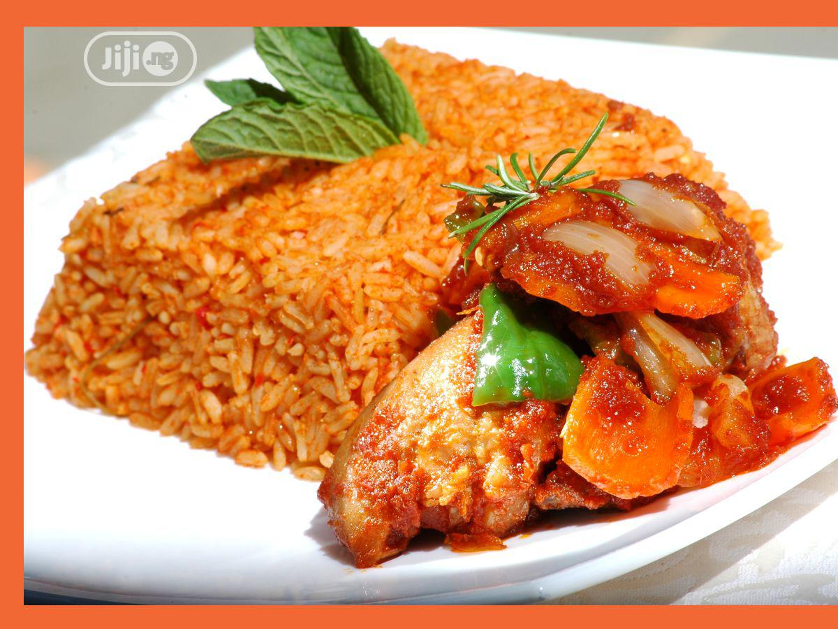 Sweet Jollof Rice With Chicken, Fish and Plantain