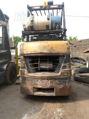 Newly Imported 3.5 Tons Cat Gas Forklift. | Heavy Equipment for sale in Lagos State, Amuwo-Odofin