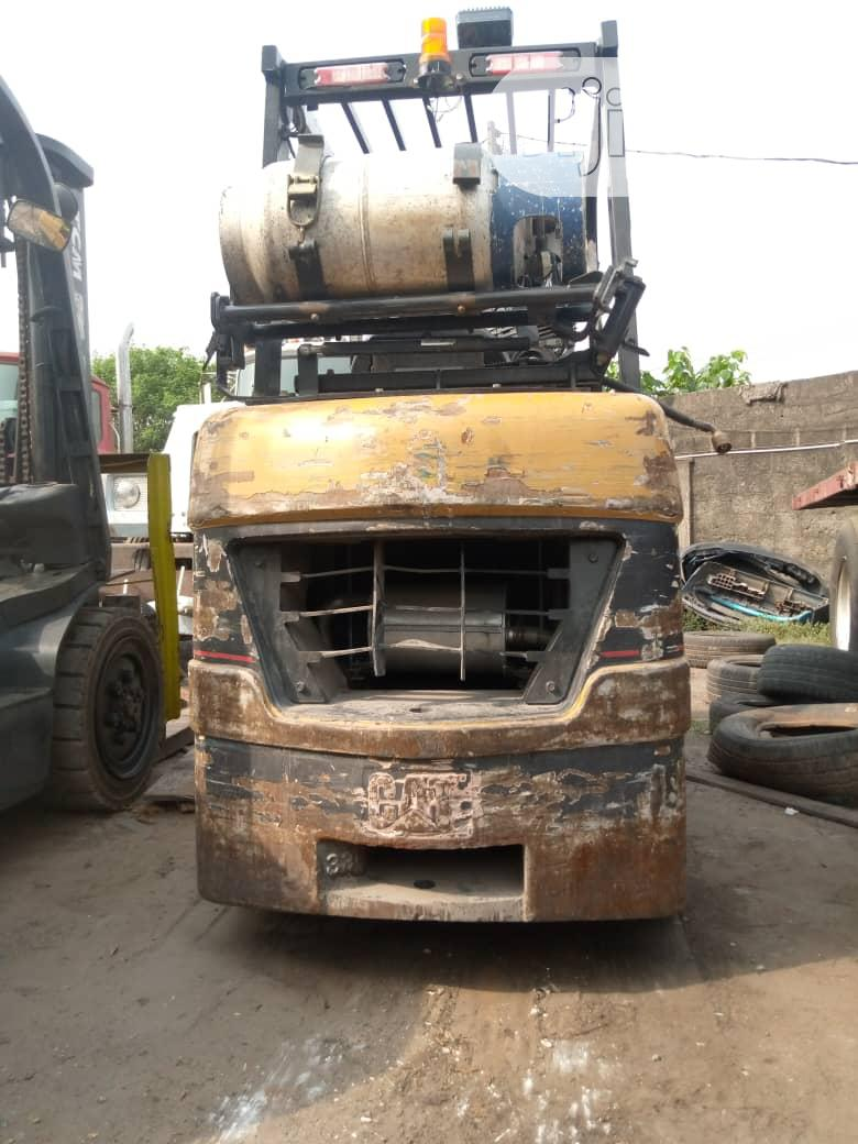 Newly Imported 3.5 Tons Cat Gas Forklift.