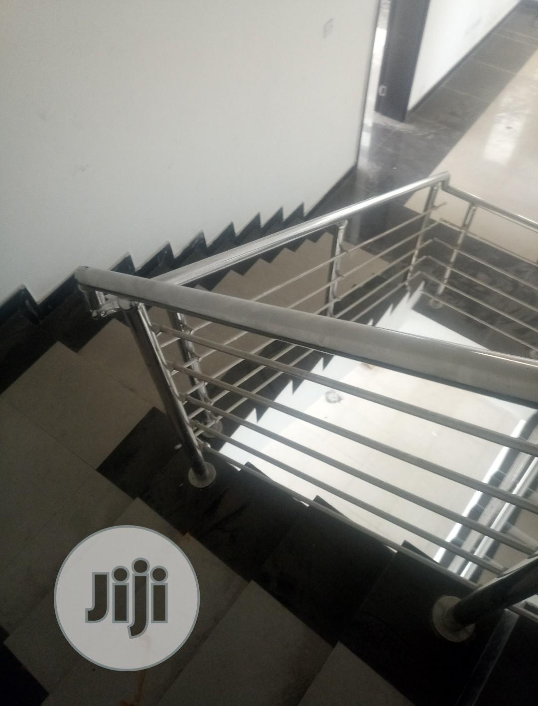 Archive: Stainless Hand Rail