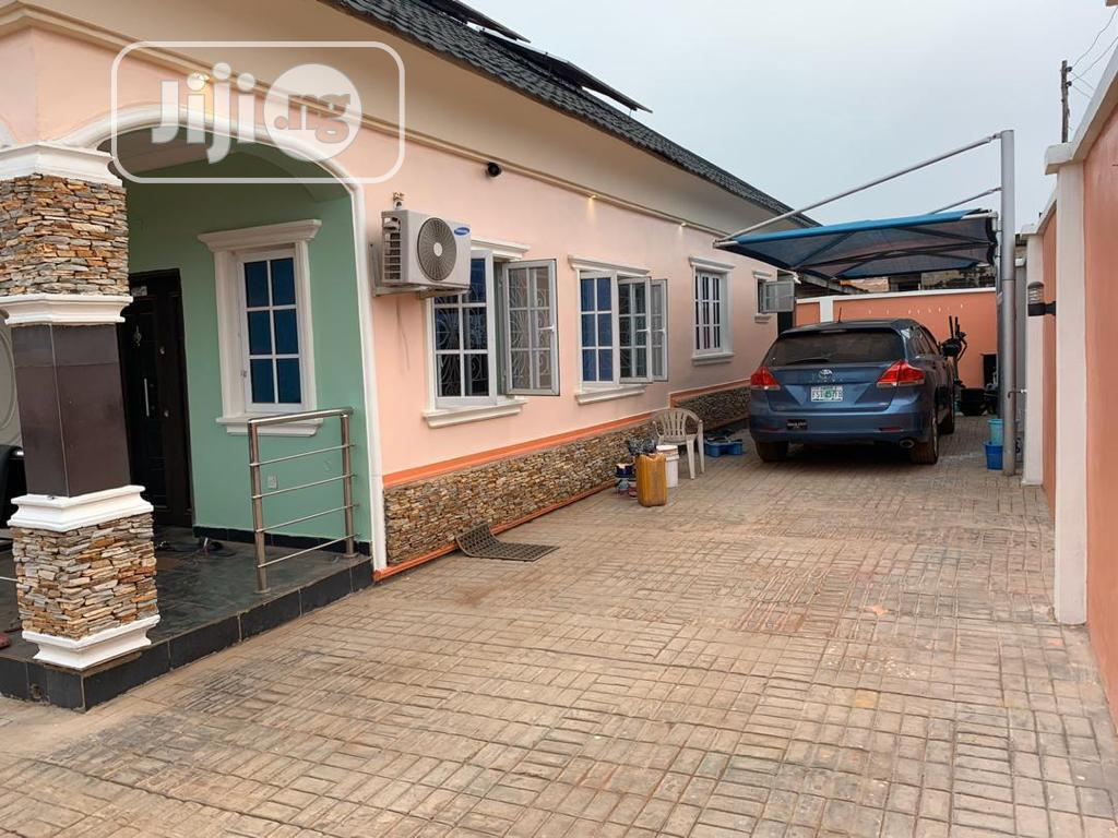 4 Bedroom Bungalow for Sale at Adogba, Monatan, Ibadan | Houses & Apartments For Sale for sale in Ibadan, Oyo State, Nigeria