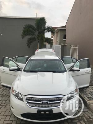 Ford Taurus 2010 SEL White   Cars for sale in Lagos State, Lekki