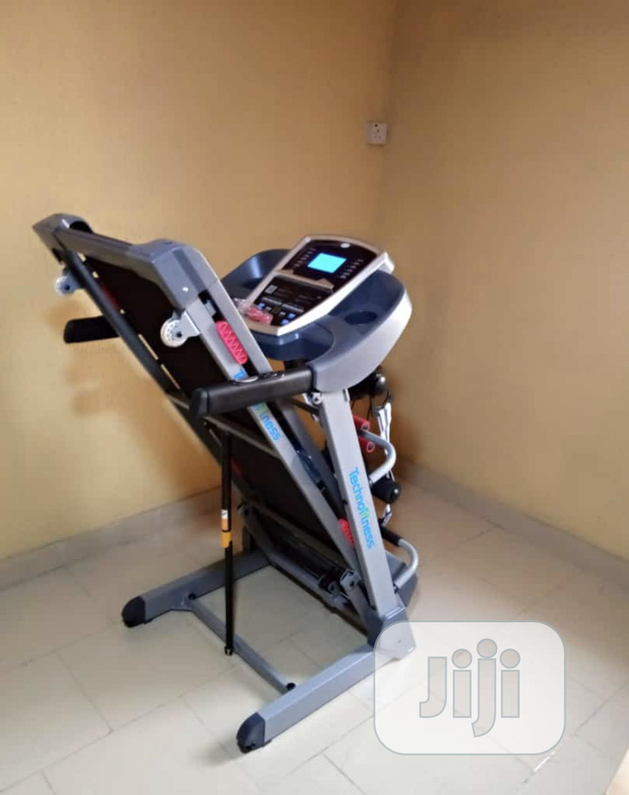 2.5hp Treadmill With Massager and Auto Incline | Sports Equipment for sale in Victoria Island, Lagos State, Nigeria