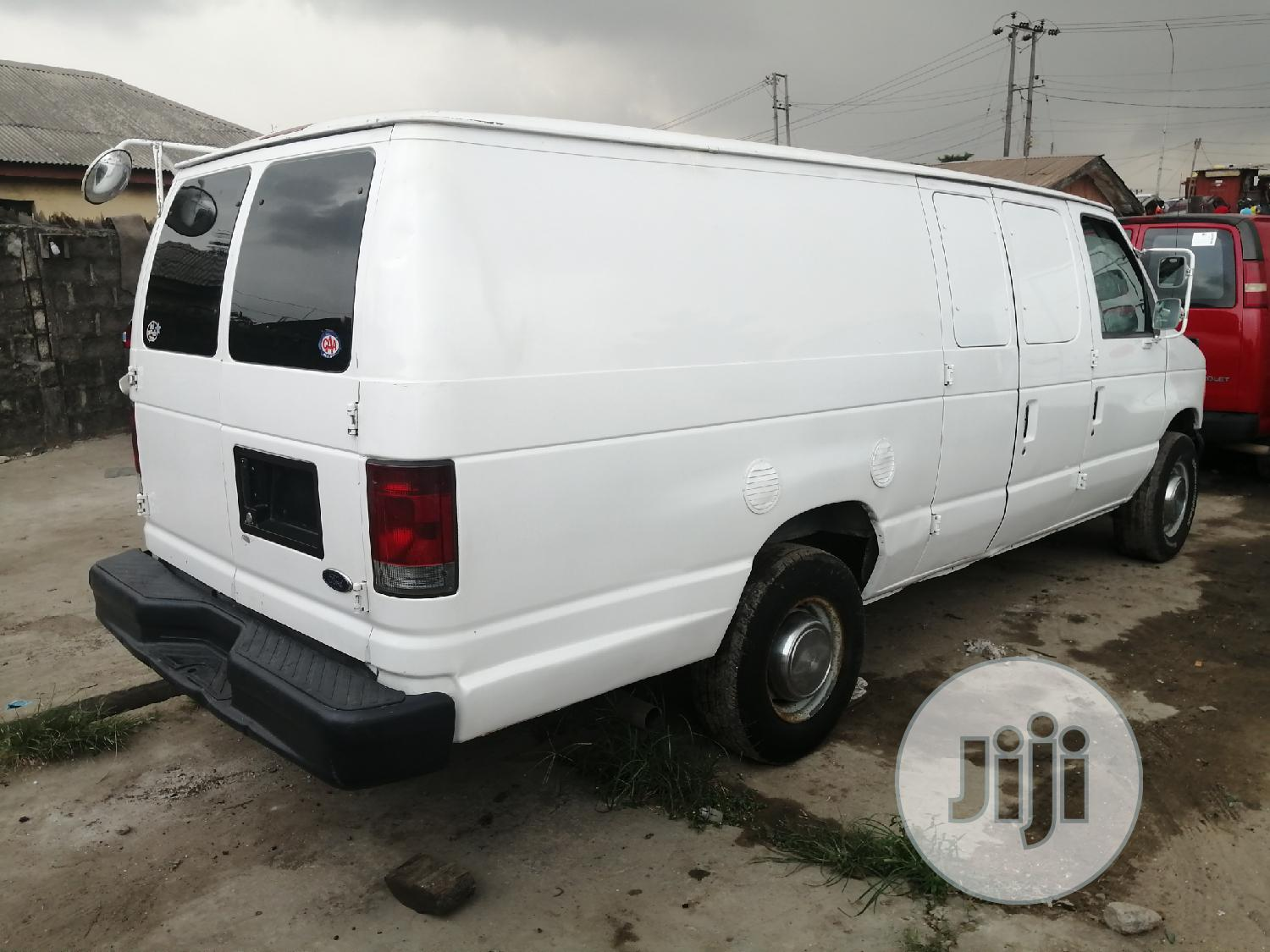 Ford E350 Long Chassis Panel 2004 | Buses & Microbuses for sale in Apapa, Lagos State, Nigeria