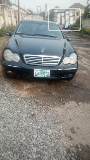 Mercedes-Benz C240 2005 Black | Cars for sale in Abuja (FCT) State, Central Business Dis