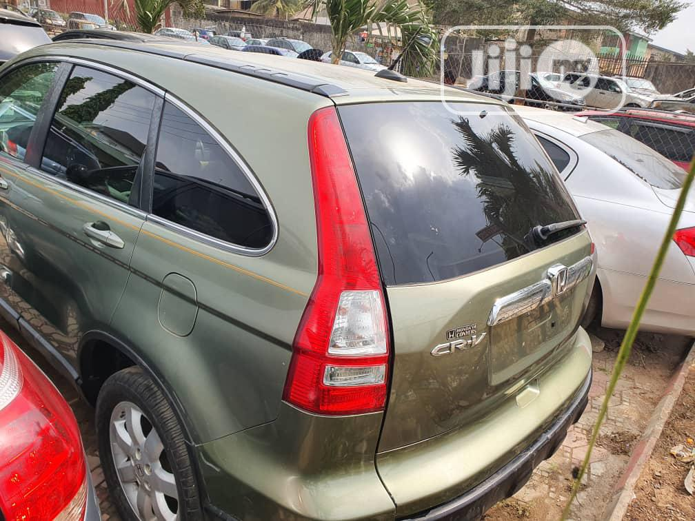 Archive: Honda CR-V 2009 Green