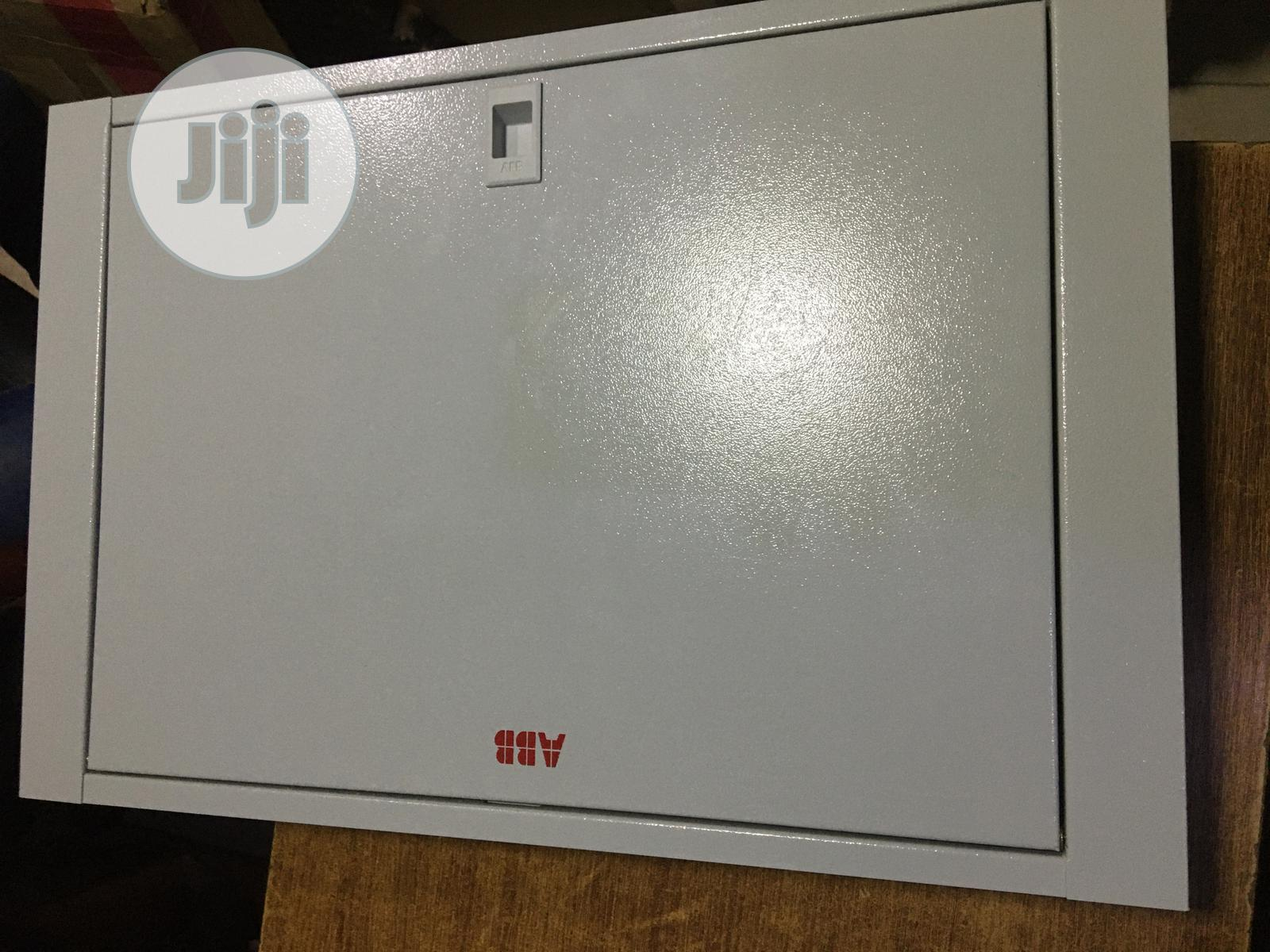 D8 3phase ABB Distribution Board