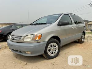 Toyota Sienna 2002 LE Gold | Cars for sale in Lagos State, Magodo