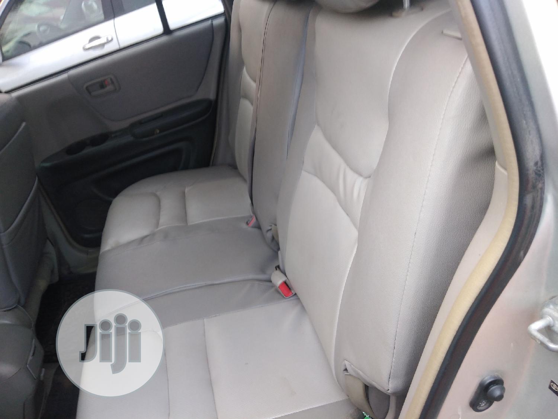 Archive: Toyota Highlander 2004 Limited V6 FWD Silver