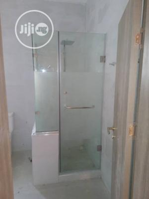 Enclosed 10mm Glass Shower Cubicle   Plumbing & Water Supply for sale in Abuja (FCT) State, Apo District
