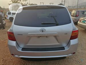 Toyota Highlander 2008 Sport Silver   Cars for sale in Abuja (FCT) State, Katampe