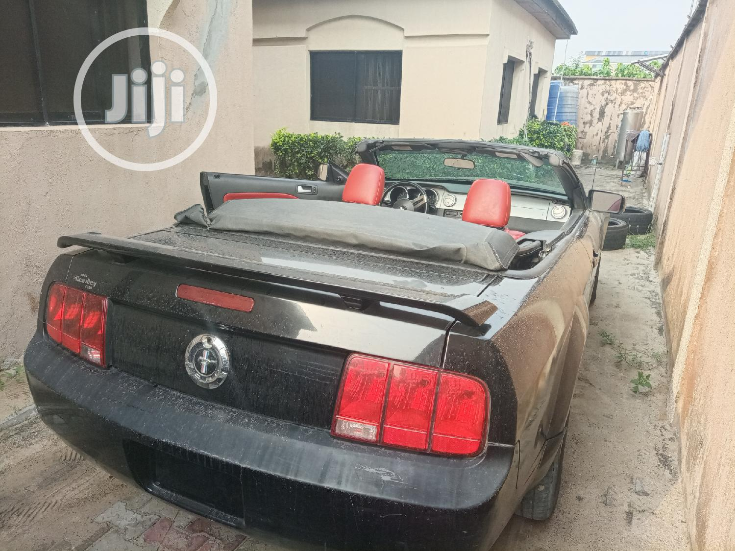 Ford Mustang 2006 V6 Premium Convertible Black   Cars for sale in Lekki, Lagos State, Nigeria