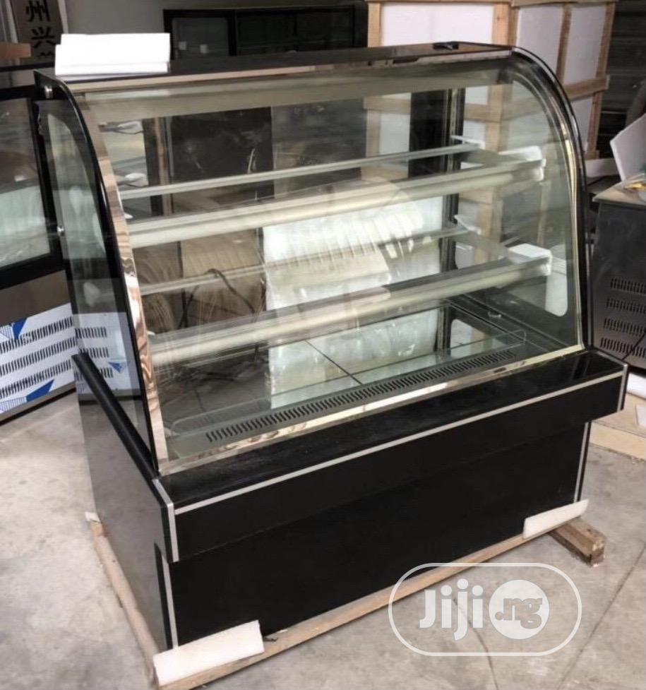 Quality Cake Display Chiller 3ft