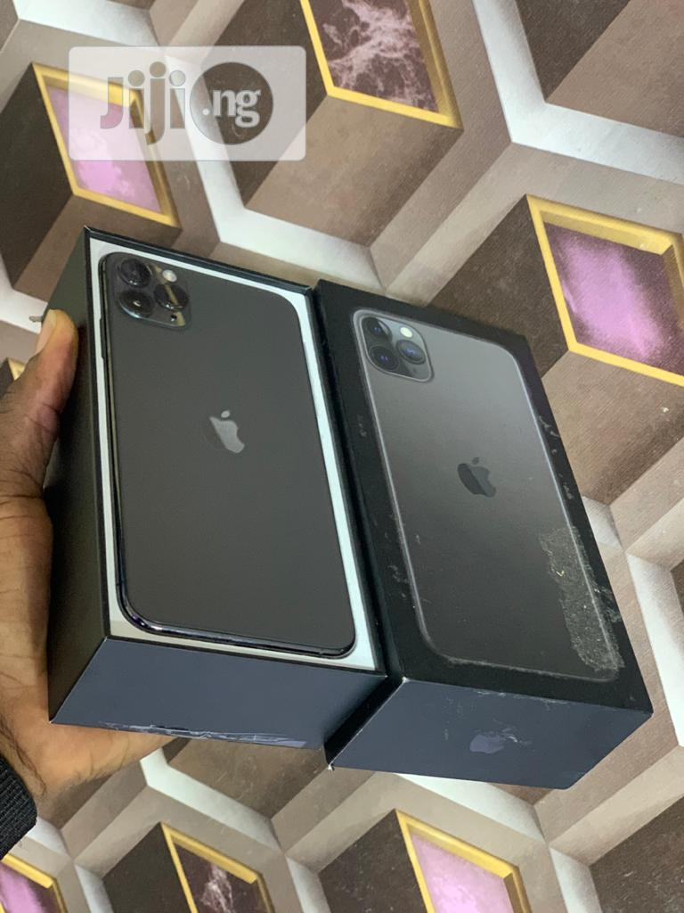 New Apple iPhone 11 256 GB Gray