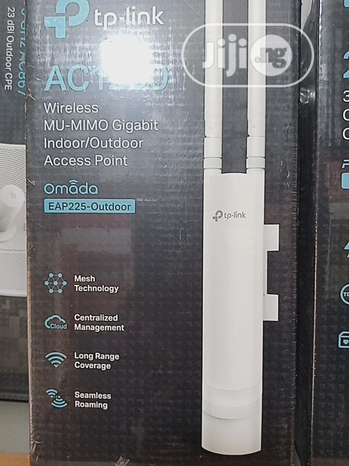 AC1200 Wireless Mu-Mimo Gigabit Indoor/Outdoor Access Point