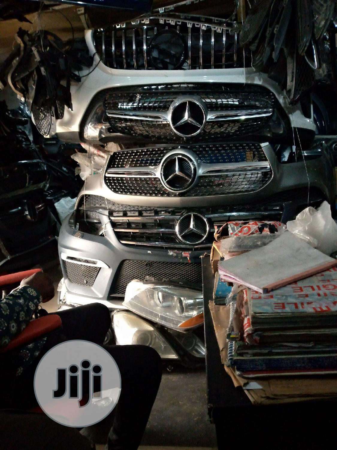 All Accessories for Benz Both Front Grill and Side Mirror   Vehicle Parts & Accessories for sale in Mushin, Lagos State, Nigeria