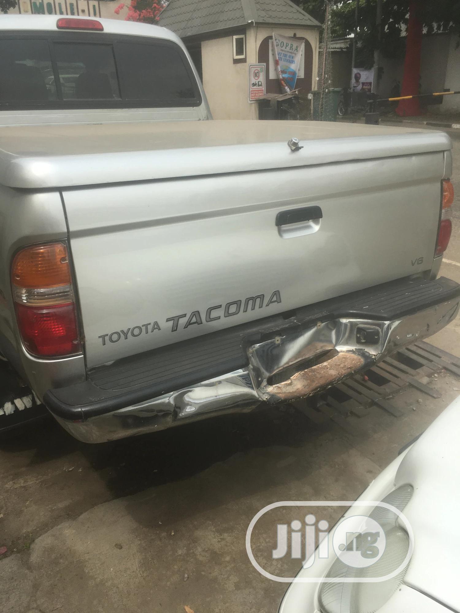 Archive: Toyota Tacoma 2003 Silver
