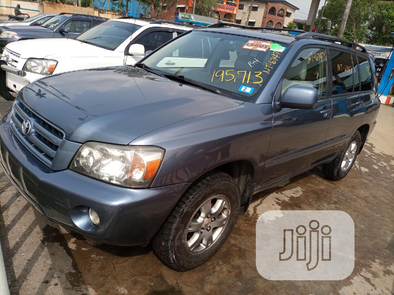 Toyota Highlander 2005 V6 Blue   Cars for sale in Amuwo-Odofin, Lagos State, Nigeria
