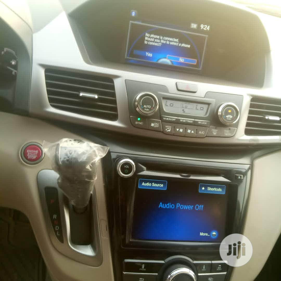 Archive: Honda Odyssey 2015 White