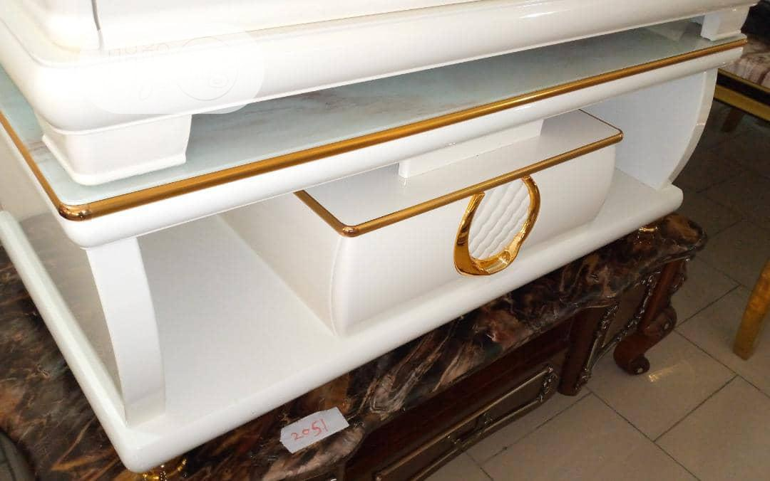 Archive: Luxury TV Stand