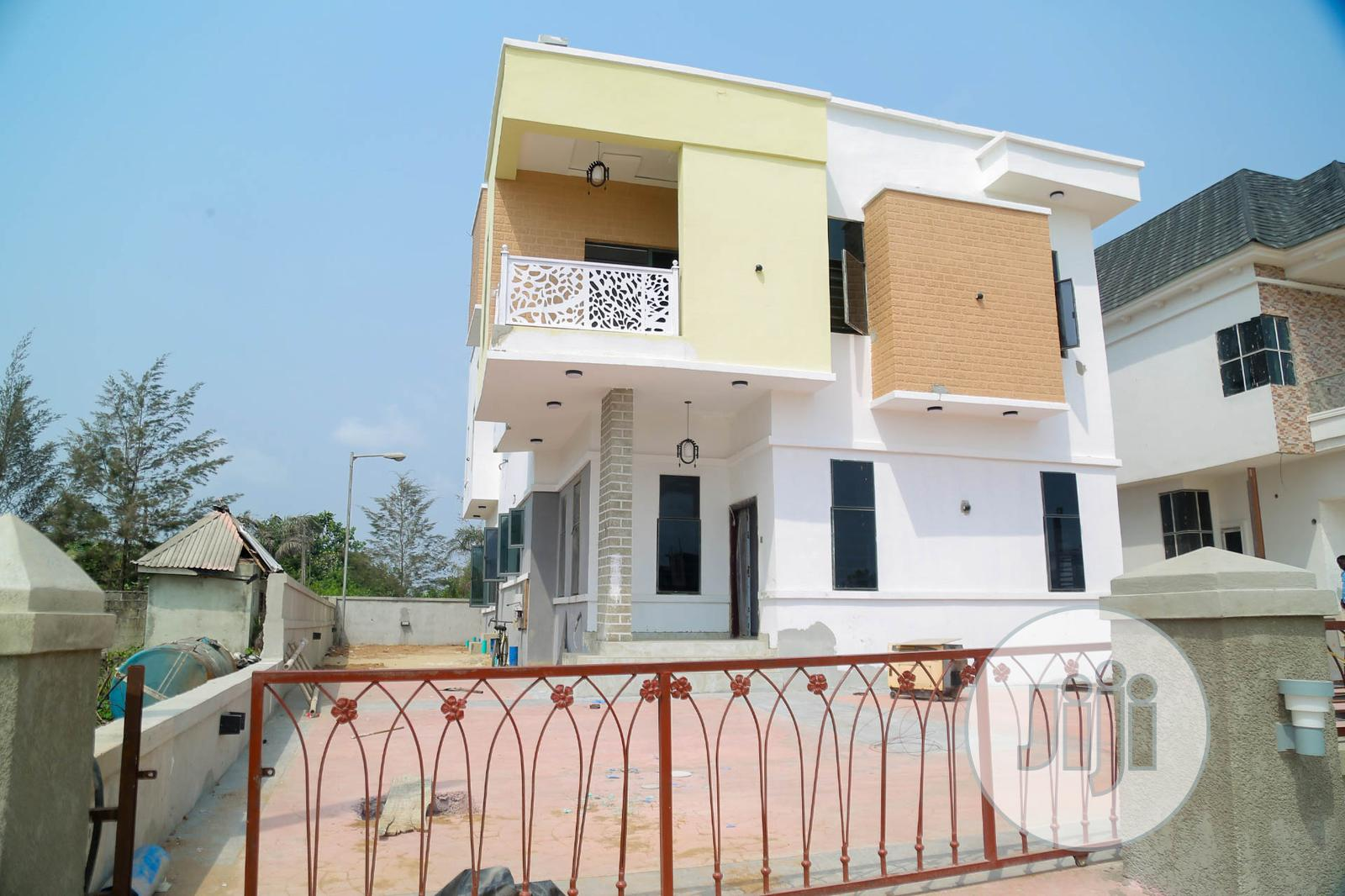 Archive: 6 Bedroom Detached Duplex With a Penthouse
