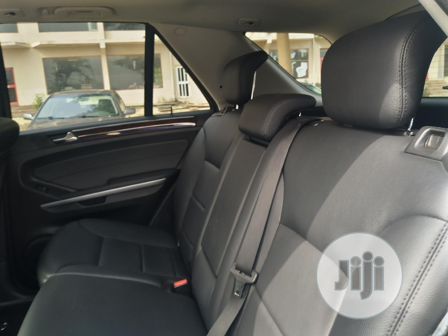Mercedes-Benz M Class 2011 ML 350 4Matic Black   Cars for sale in Central Business Dis, Abuja (FCT) State, Nigeria