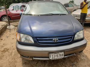 Toyota Sienna 2002 XLE Green   Cars for sale in Lagos State, Apapa
