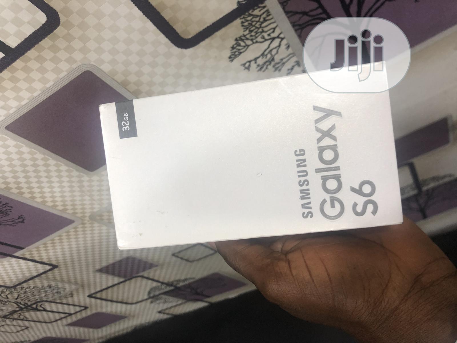 New Samsung Galaxy S6 32 GB Gold